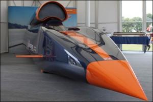 Se construye en Inglaterra el auto más rápido de la historia