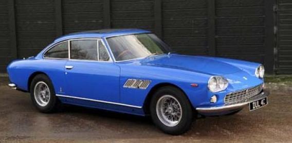 subastaran el primer coche de John Lennon