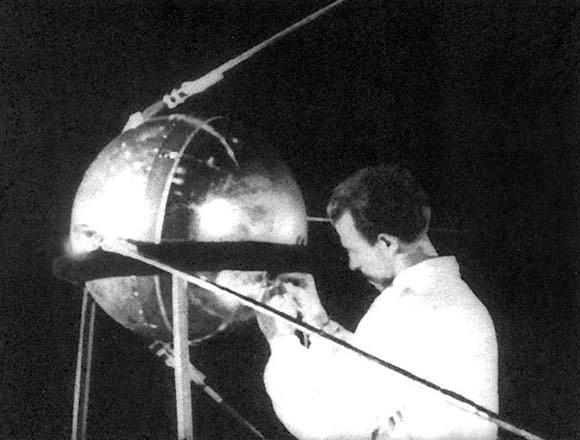 El primer satélite en orbita Sputnik 1