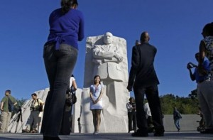 Obama inaugura monumento a Martin Luther King