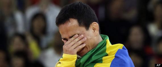 Felipe Kitadai, pide que le den una medalla nueva